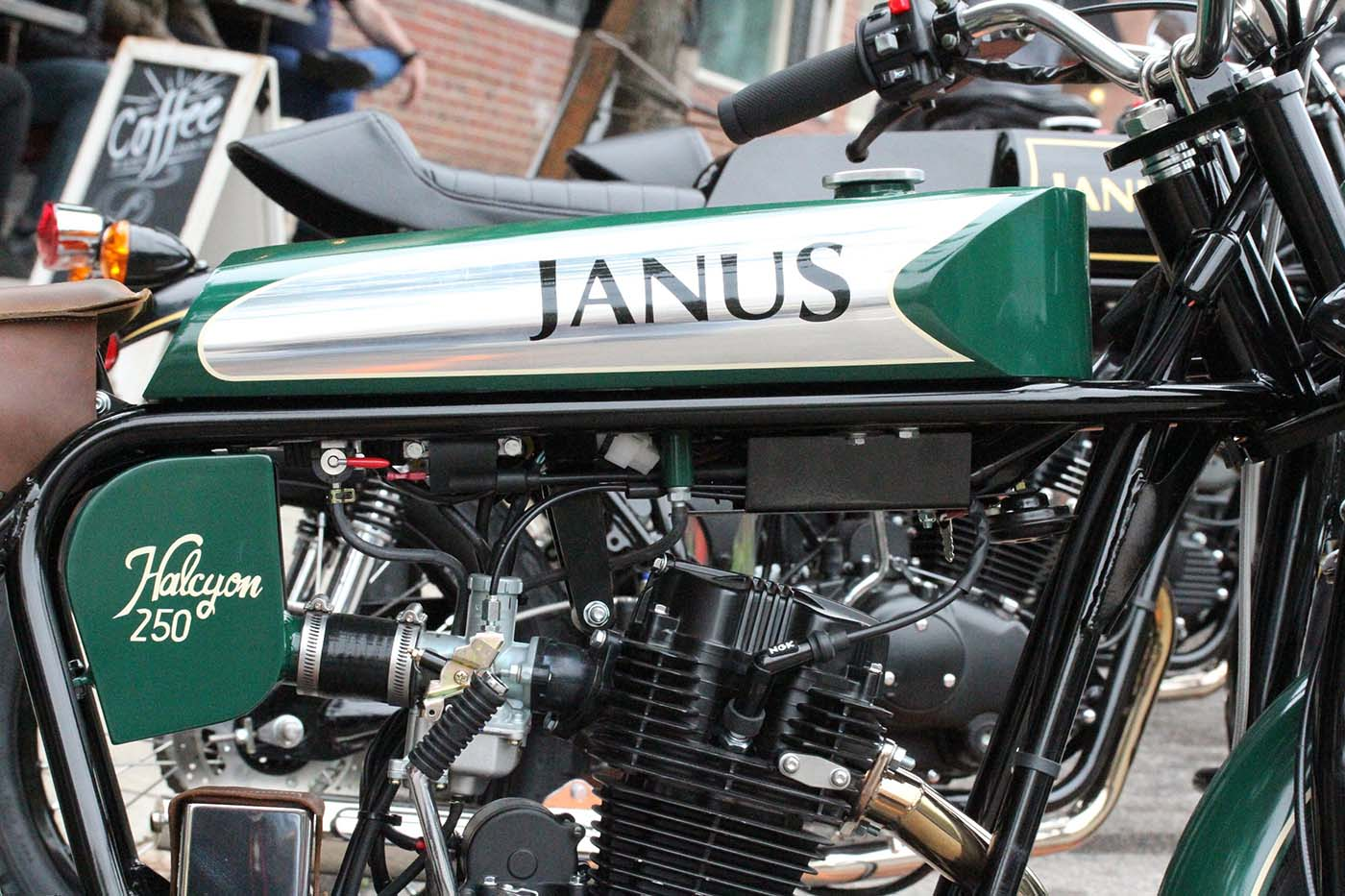 Janus Halcyon 250 Bodywork