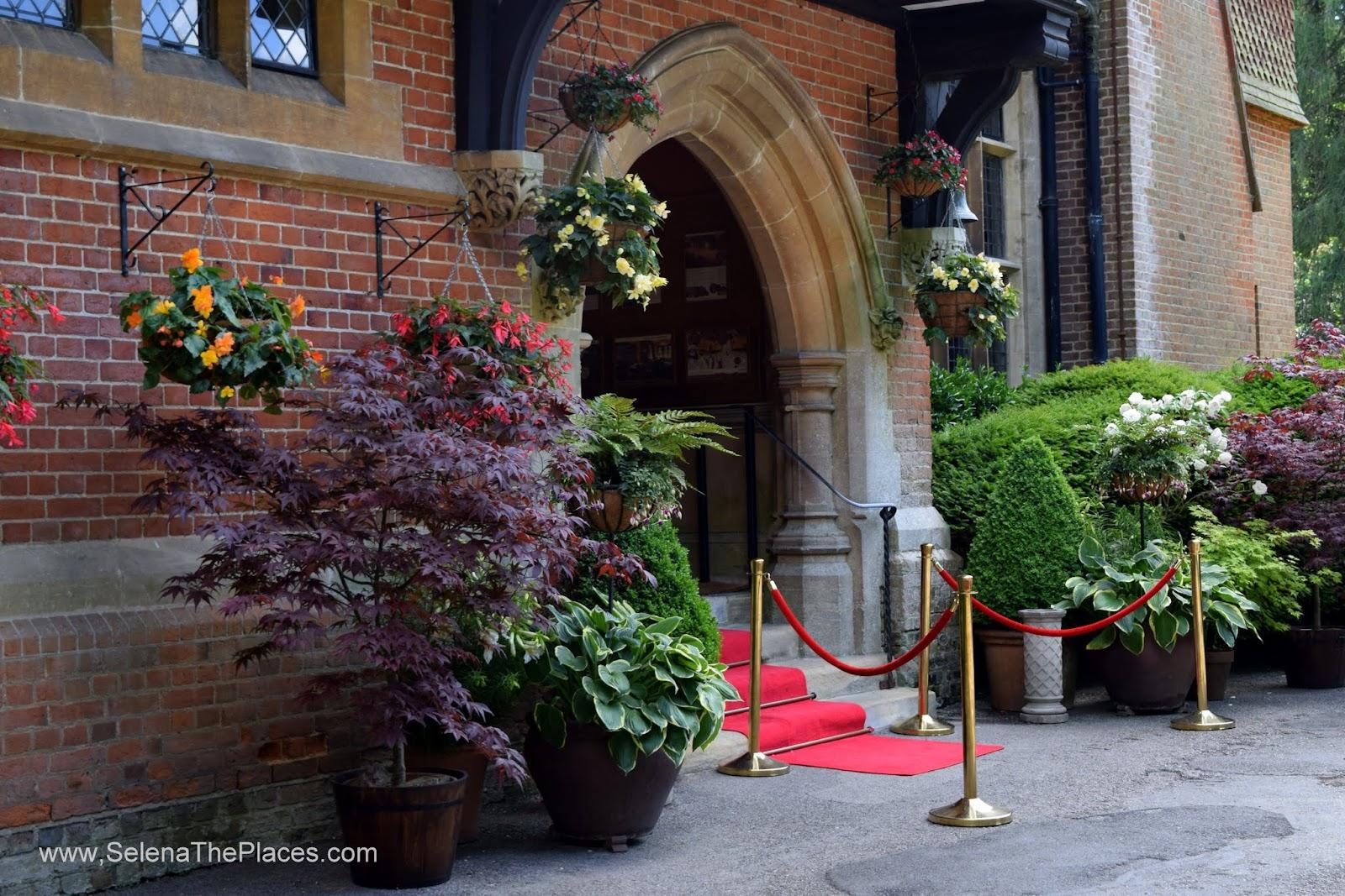 Grim's Dyke Hotel, London, England