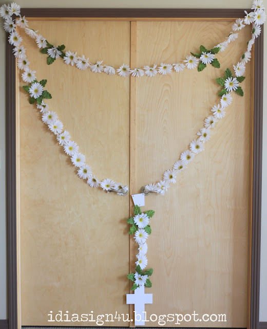 DIY Extra Large Rosary Made from Silk Daisies | Decoration Piece by ilovedoingallthingscrafty.com