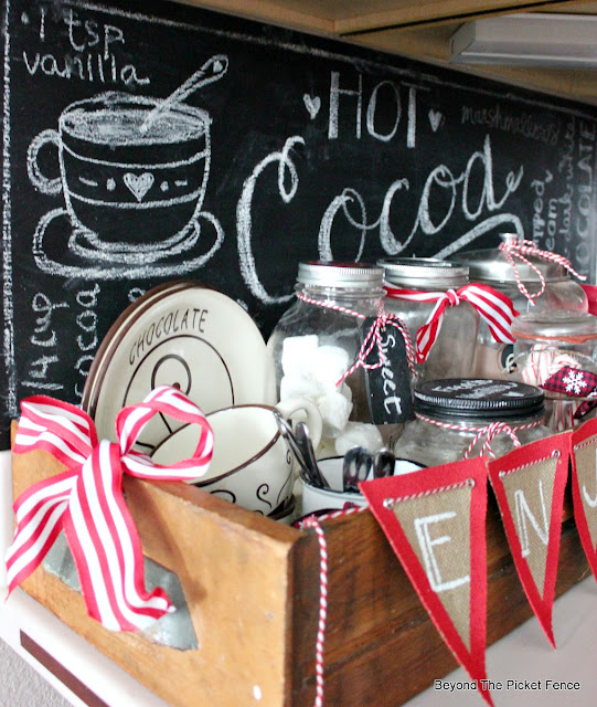 hot cocoa, chalkboard, thrift store finds, old drawer, hot chocolate, cocoa bar, chalkboard sign, hand-lettered, https://goo.gl/U8dcWx