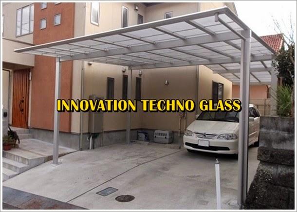 Kanopi carport beratap kaca dibuat lebih luas dari dimensi mobilnya