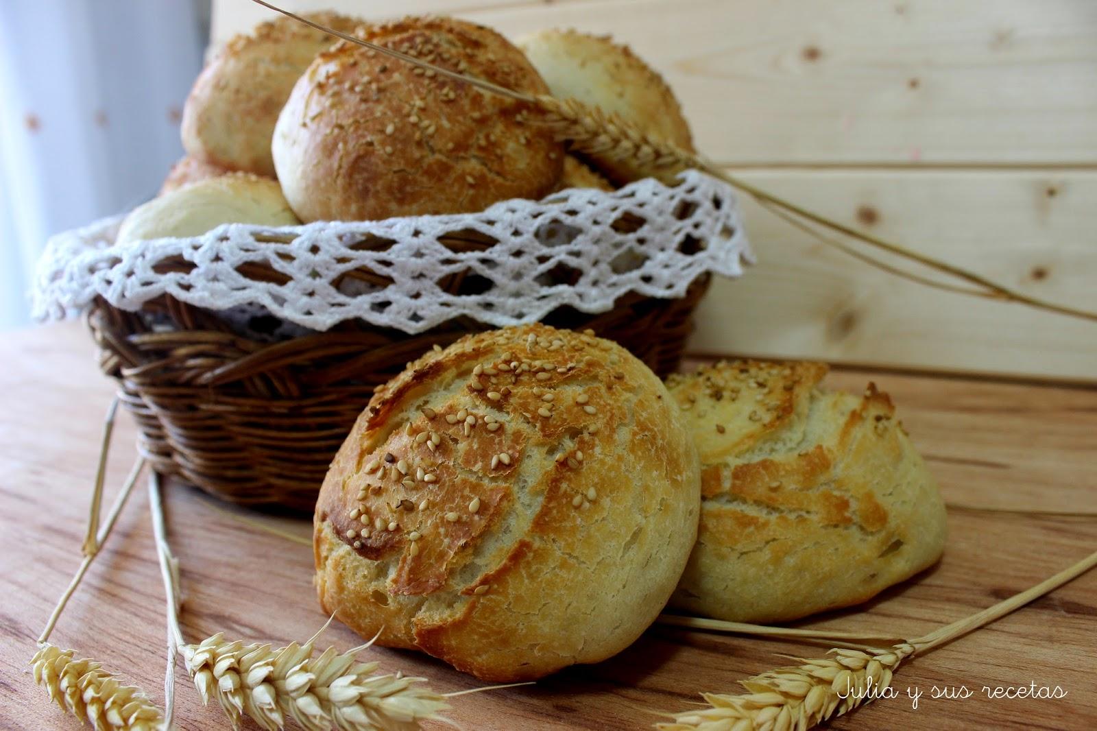 Bollitos de pan sin amasado con sésamo. Julia y sus recetas