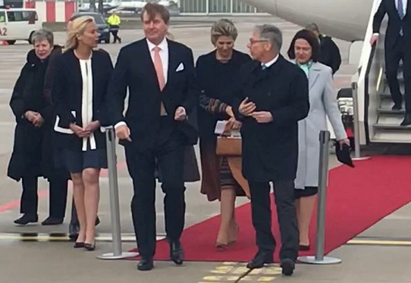 Queen Maxima wore Jantaminiau cape coat and dress