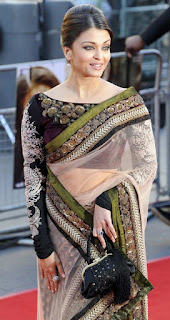 Aishwarya Rai In Saree During An Event On Red Carpet