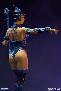 Evil Lyn Classic Statue de Masters of the Universe - Sideshow Collectibles