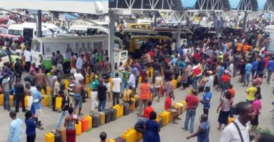 fuel scarcity nigeria 2017