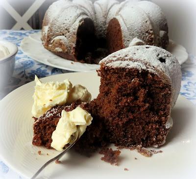Gingerbread Cake with Lemon Cream