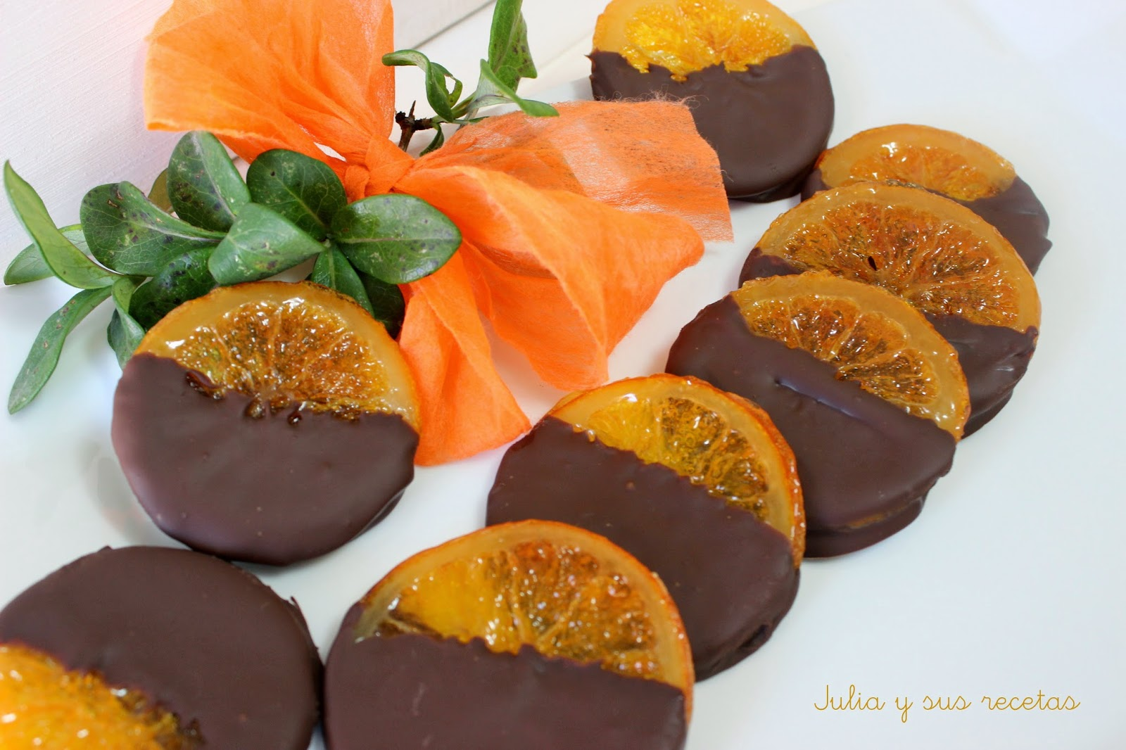 Naranjas confitadas con chocolate. Julia y sus recetas