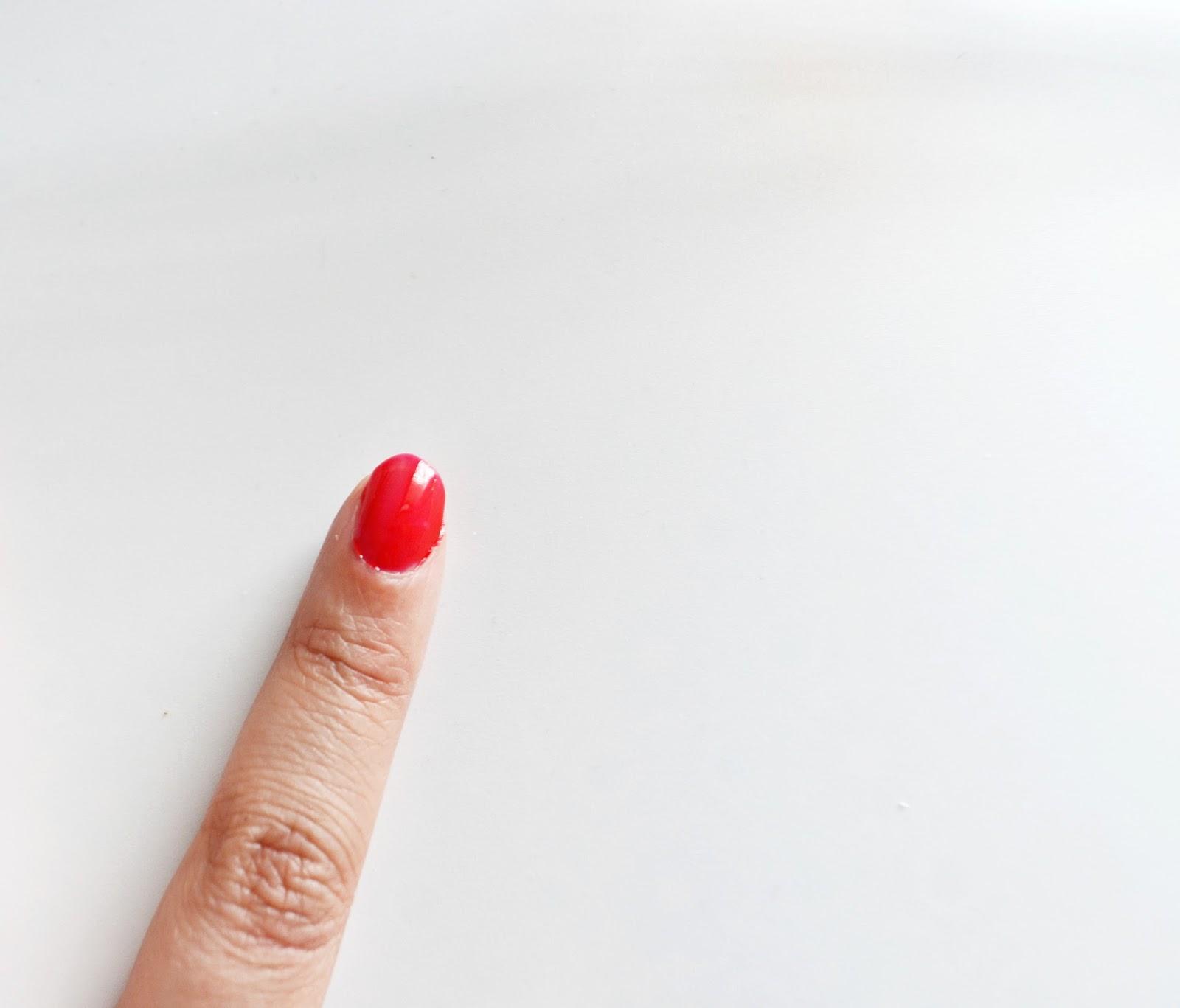 wash off nail varnish shiny and opaque