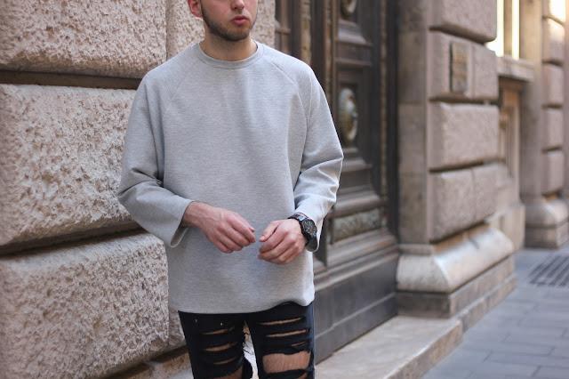 maglione dal taglio geometrico minimal