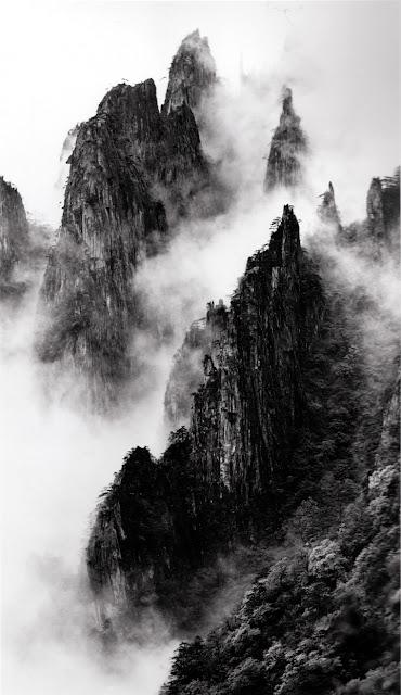 Eighteen Disciples of Buddha by Wang Wusheng, 1984
