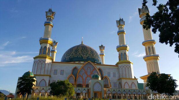 Destinasi Syariah dan halal di Lombok NTB