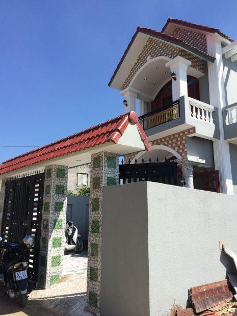 Nhà mới xây xong