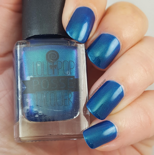 blue-teal-multi-chrome-nail-polish