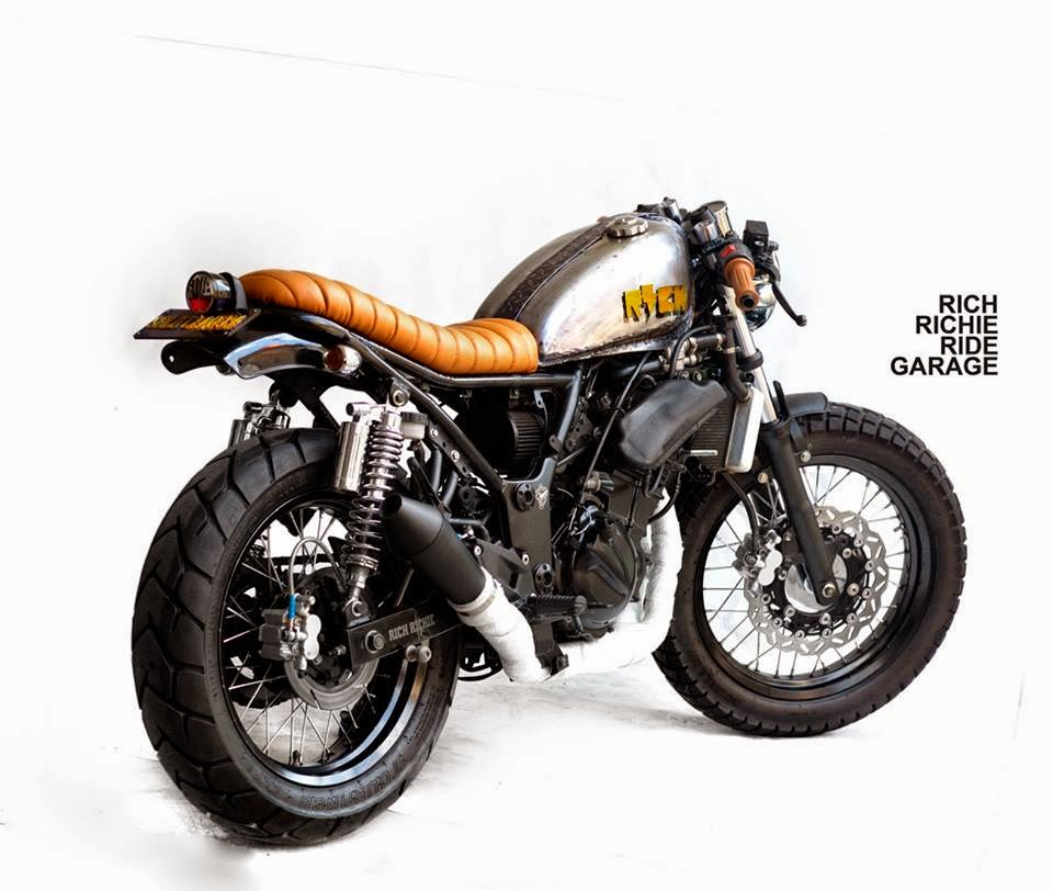 Kawasaki Ninja 250 Rombeng - Cafe Racer Street Tracker