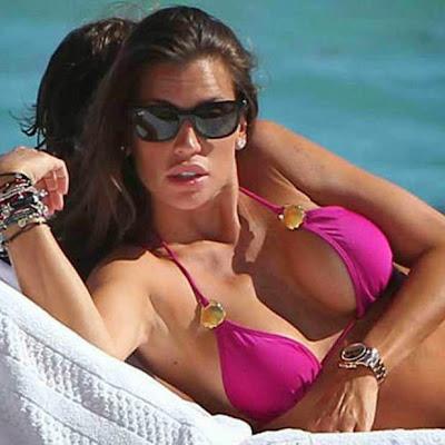 Claudia galanti at the beach