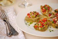 Alcachofas con vinagreta de verduras y mostaza