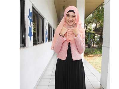 Meyda Sefira Cantik Dalam Balutan Hijab  Tutorial Hijab
