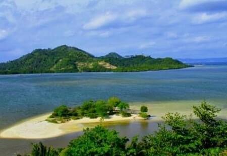 Pantai Dewi Mandapa Pesawaran Lampung