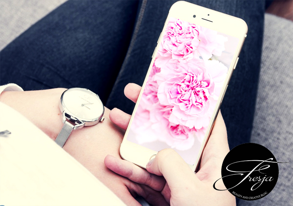 Free phone wallpapers for women