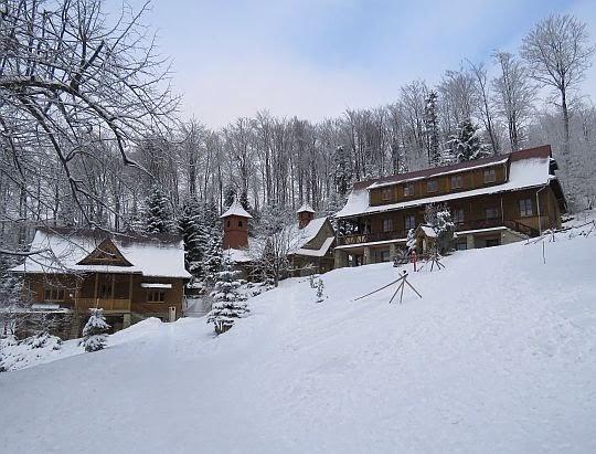 Młodzieżowy Ośrodek Rekolekcyjno-Rekreacyjny na Śnieżnicy.
