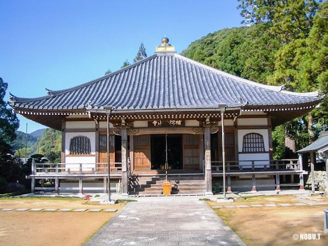 和歌山県那智勝浦町「補陀洛山寺」本堂