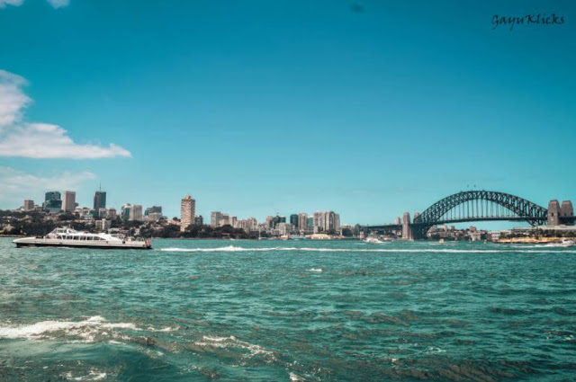 Sydney Ferries, Harbour bridge