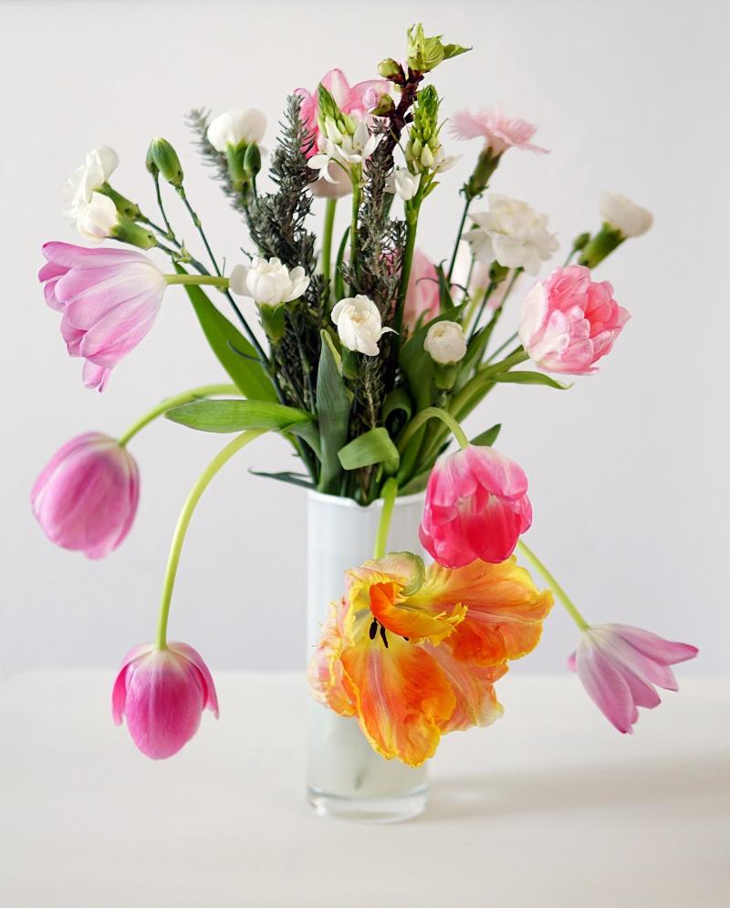 Kevätkukat, kukkakimppu, floristi
