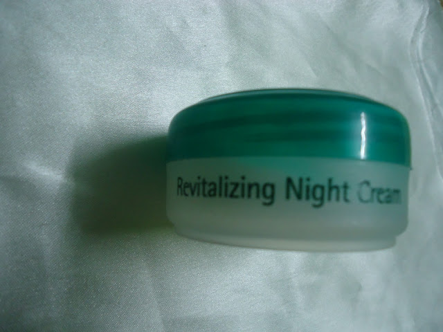 Himalaya Revitalizing Night Cream Review