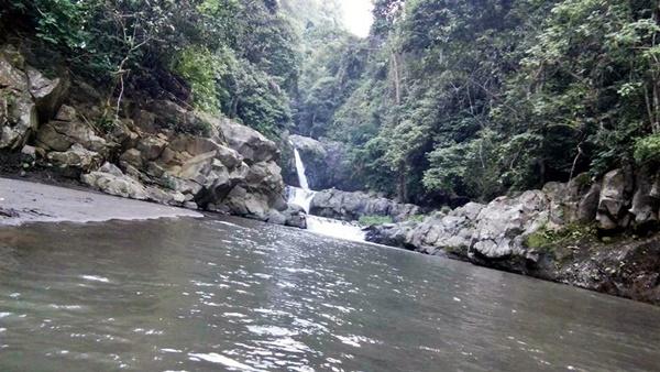 Air Terjun Carat, Air terjun Jambang dan Kolam Renangnya