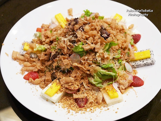 Healthy & Refreshing Fruits & Garden Green Yee Sang served with Strawberry Dressing