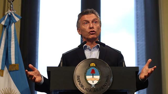 """Macri asegura que Argentina """"ya se está poniendo de pie"""""""