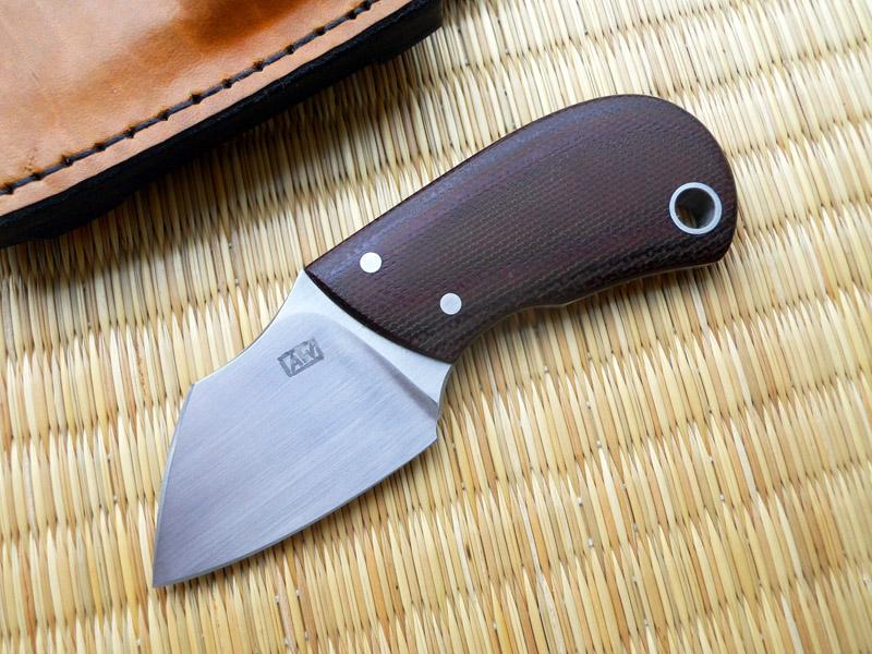 Andrzej Woronowski Custom Knives Brontu Neck Knife