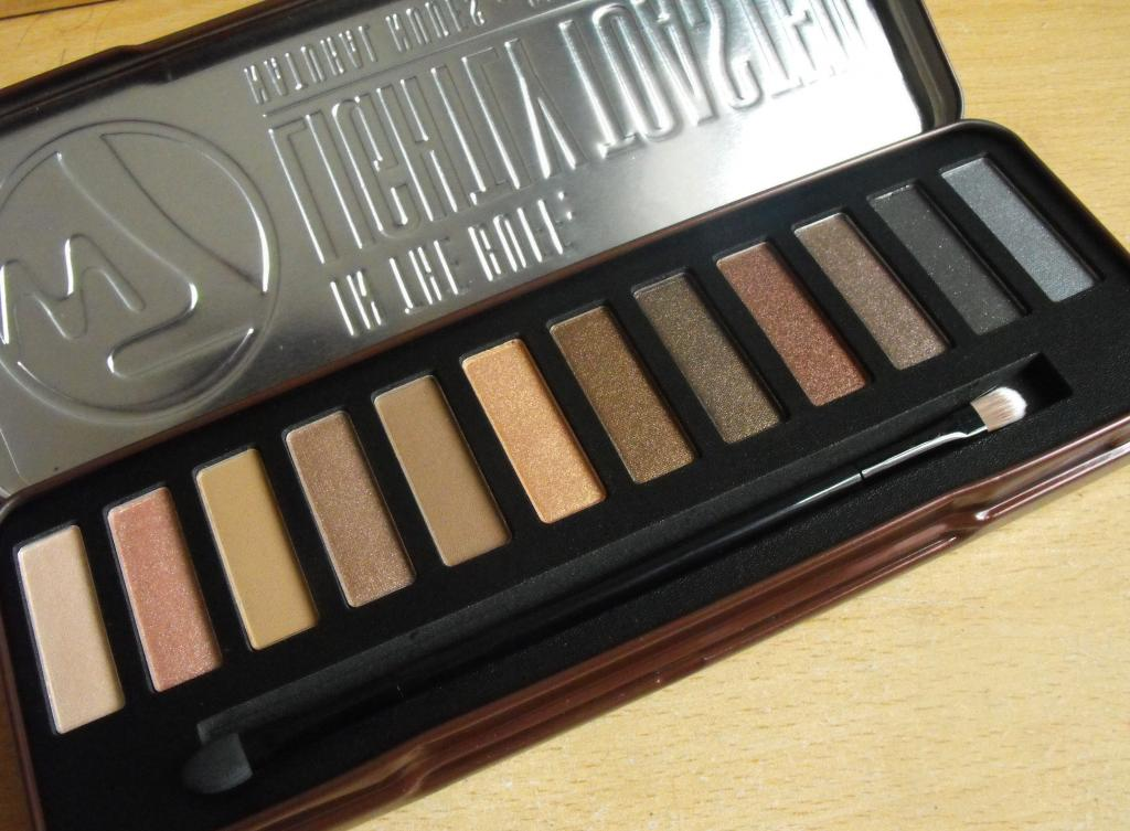 W7 In The Buff: Lightly Toasted Natural Nudes Eye Colour Palette