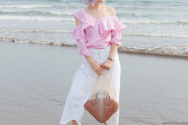 Japanese Fashion Blogger,Mizuho K,20180802OOTD,SheIn=frill one shoulder blouse /ZARA=white croped wide leg pants / Rakuten=brown bag,espadrille /3COINS=cotton net bag,hair accessory / zeroUV=sunglasses, casual streetstyle