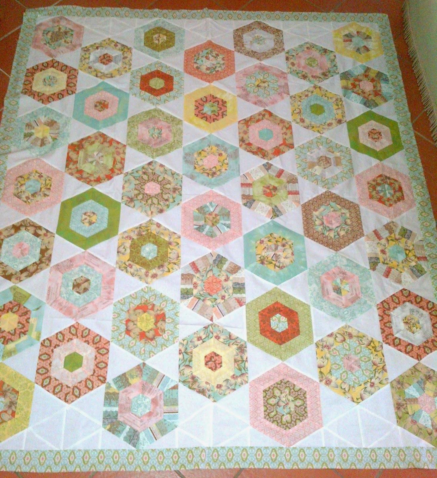 Quilting Template Hexagon : Cape Pincushion: Curio Jelly Roll Hexagon Quilt Tutorial