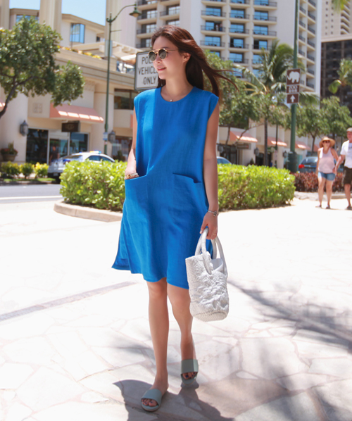 Patch Pocket Sleeveless Dress
