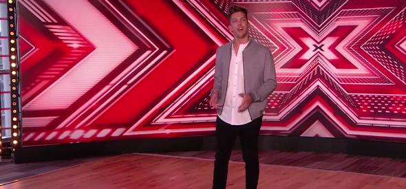 Este es el doble de Louis Tomlinson en The X Factor UK