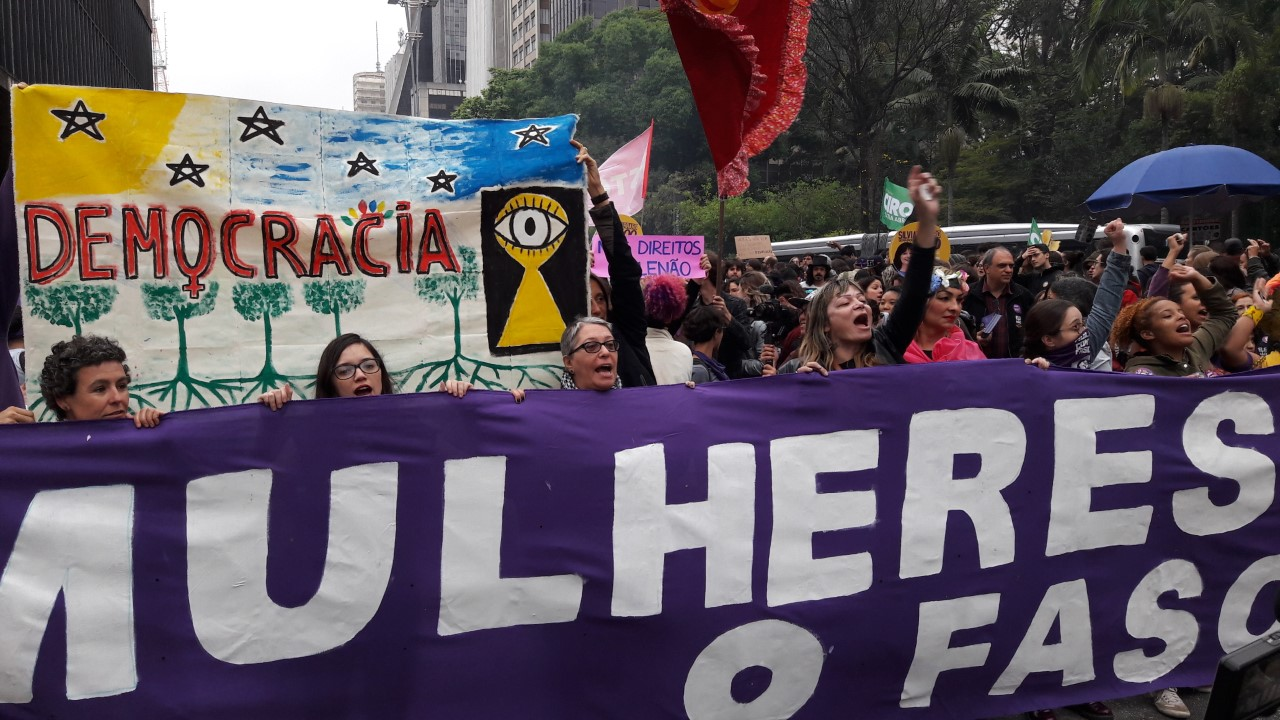 Grupo Do Bem Estar E Da Felicidade Democracia Ditadura