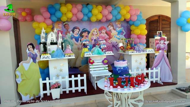 Decoração de aniversário tema Princesas Disney - Festa infantil - Provençal Simples