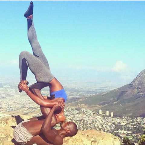 "Couple break the Internet as they take the ""most dangerous"" pre-wedding photos ever"