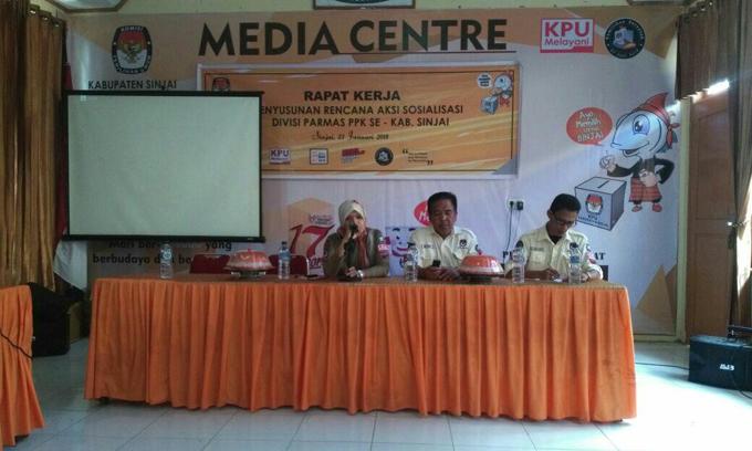 KPU Sinjai Gelar Rapat Penyusunan Sosialisasi dan Parmas Pilkada 2018