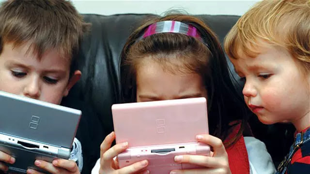 Do not immediately scolded, it turns out the game also has benefits for child growth. (Photo Source: Curtain News - Curtin University)