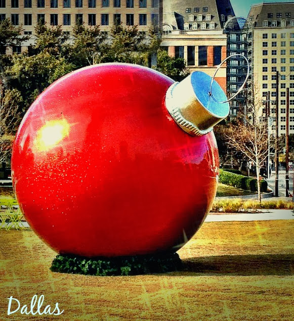 Dallas at Christmas, Klyde Warren Park