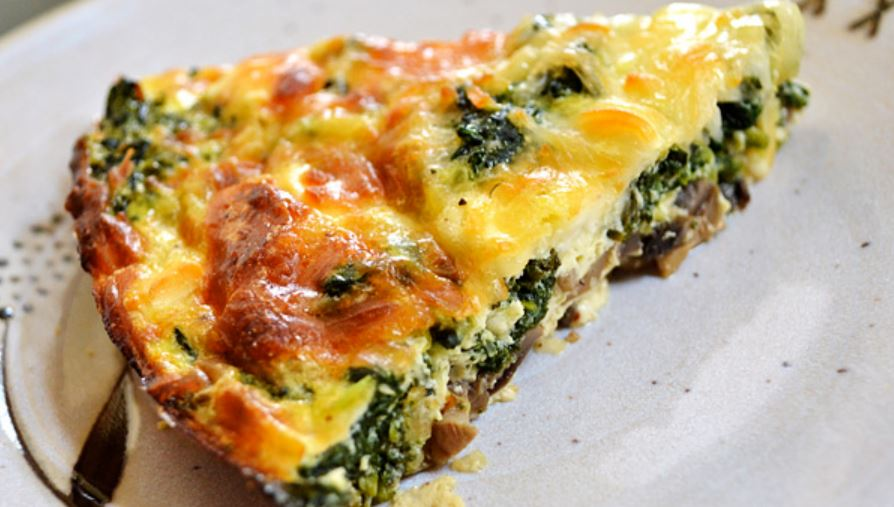 Crustless Spinach, Onion and Feta Quiche - weight watchers recipes - 4 smart points