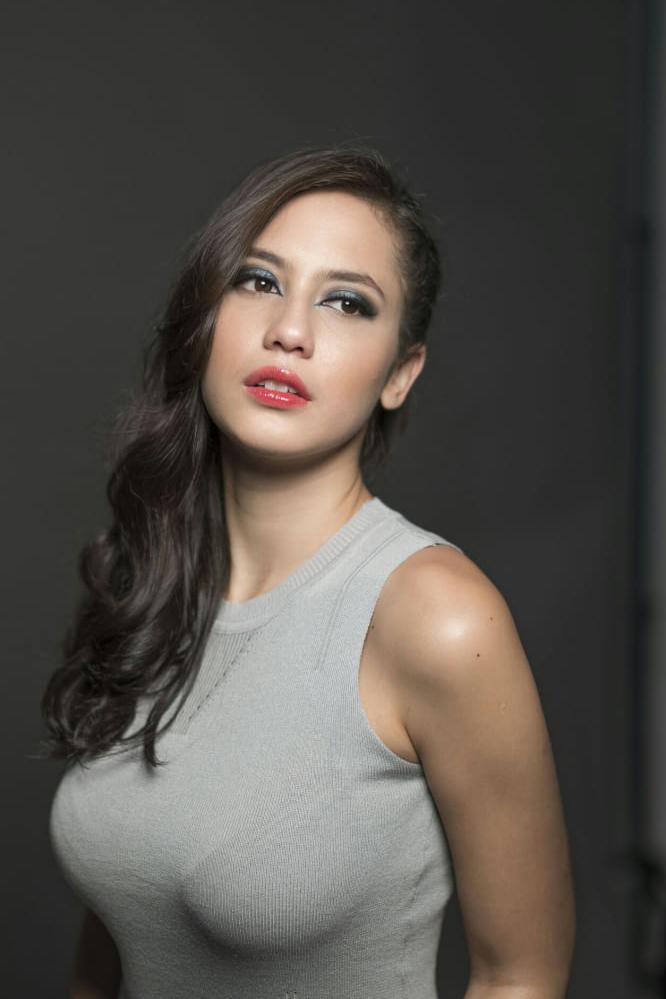 9 artis cantik indonesia yang memiliki bokong terseksi dan terindah 9 foto artis cantik pada masa lalu