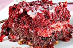 Red Velvet Earthquake Cake