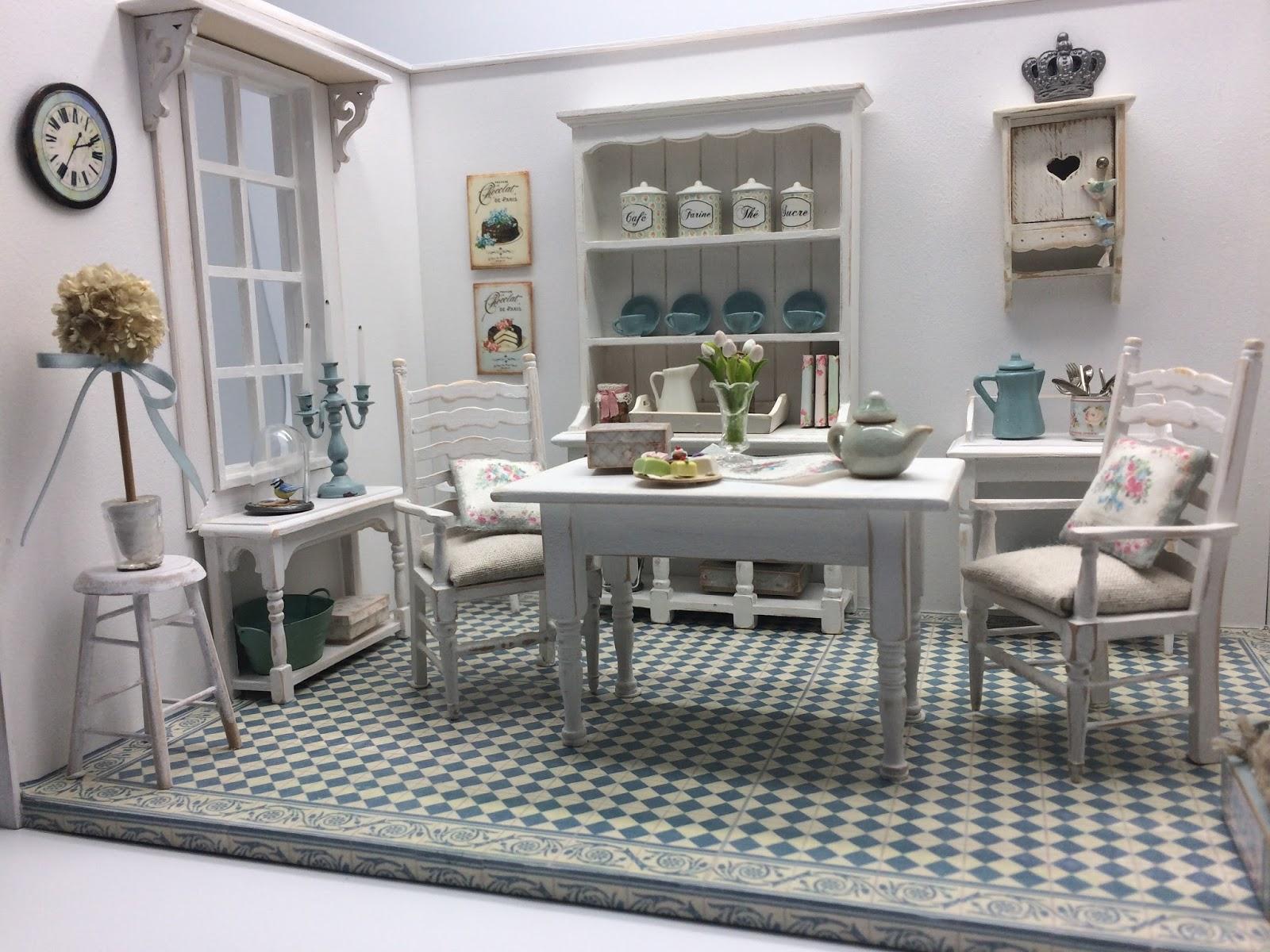 les carnets de l 39 atelier blondie la salle manger shabby. Black Bedroom Furniture Sets. Home Design Ideas