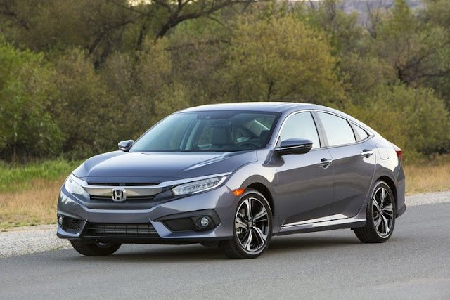 2017 Honda Civic Takes Home Two New Awards