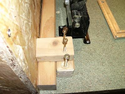 Halterung Vierkantholz Schrauben
